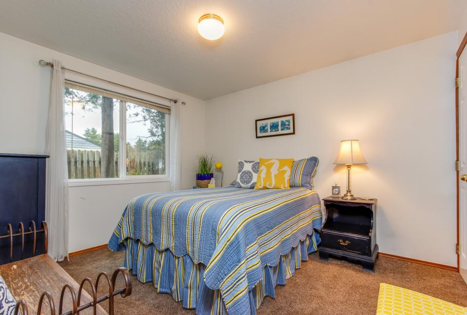 Pacific Dorado Beach House  - Depoe Bay Vacation Rental - Photo 16