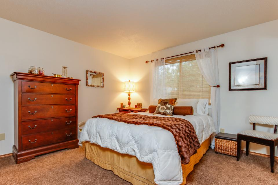 Pacific Dorado Beach House  - Depoe Bay Vacation Rental - Photo 19