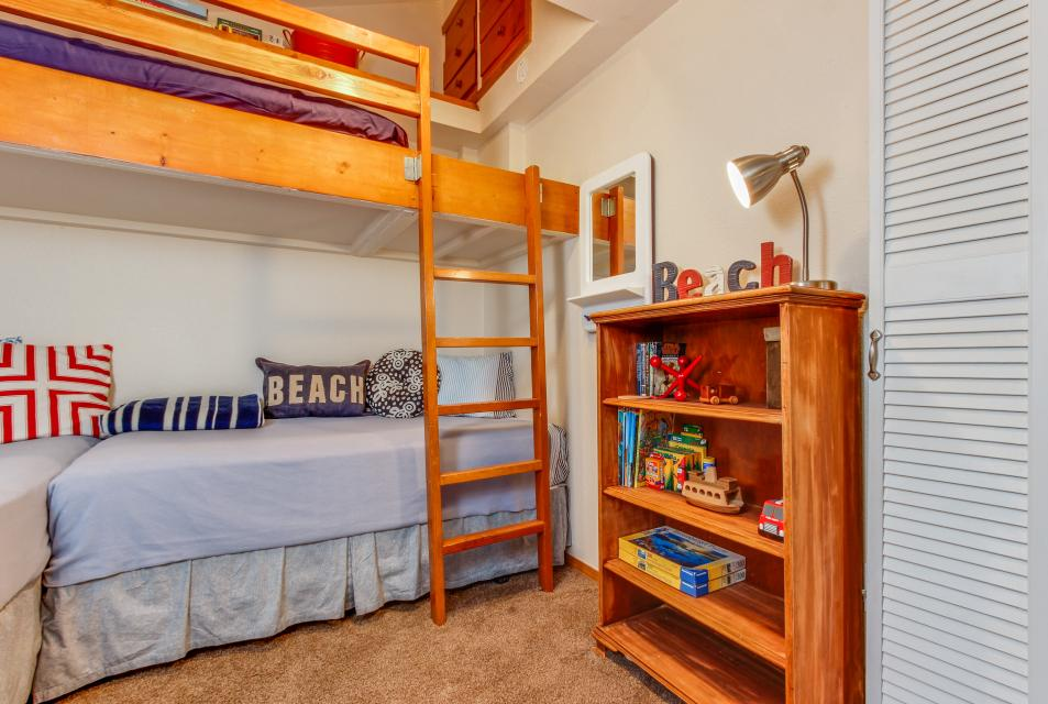Pacific Dorado Beach House  - Depoe Bay Vacation Rental - Photo 23