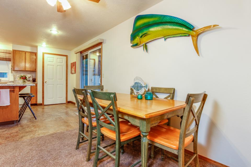 Pacific Dorado Beach House  - Depoe Bay Vacation Rental - Photo 8