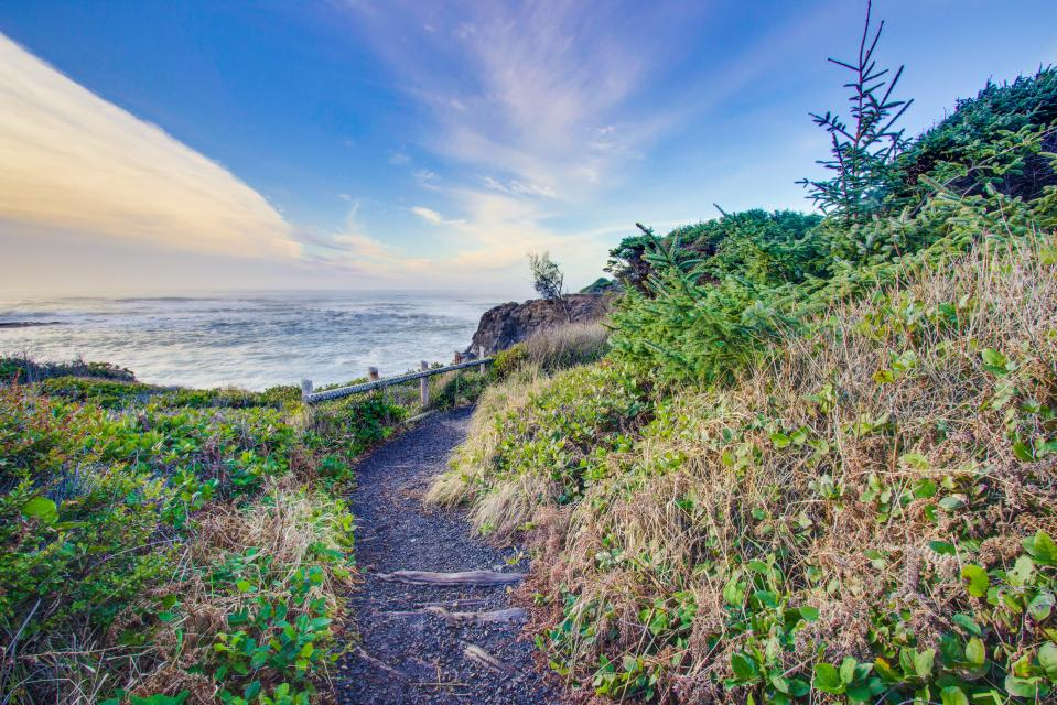 Pacific Dorado Beach House  - Depoe Bay Vacation Rental - Photo 28