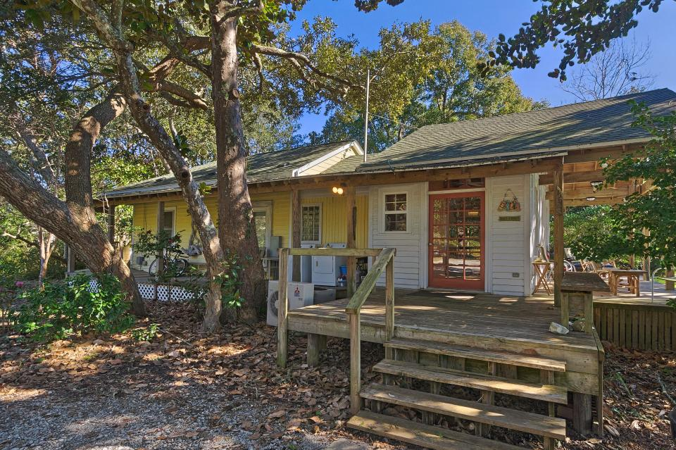Soundside Beach Cottage With Amazing Views 2 Bd Vacation