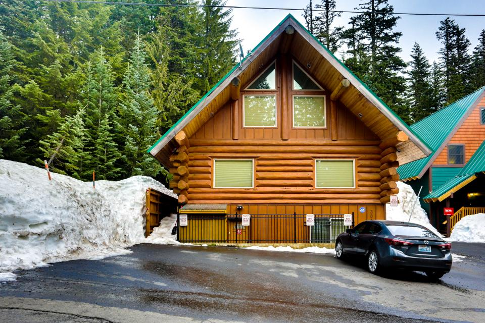 Little Bear Cabin - Government Camp Vacation Rental - Photo 27