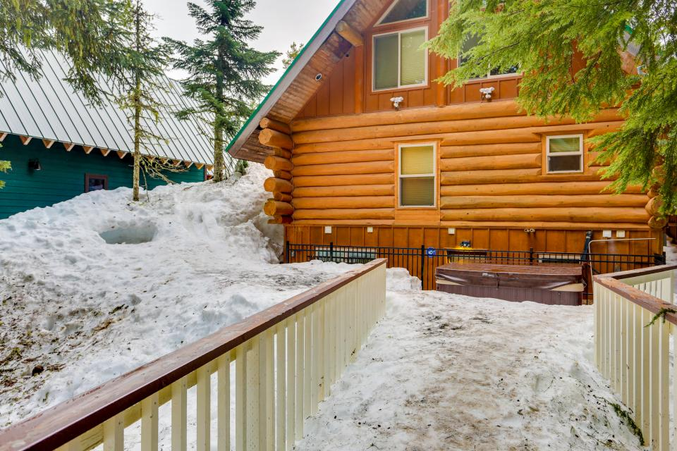 Big Bear Cabin and Little Bear Cabin - Government Camp Vacation Rental - Photo 37