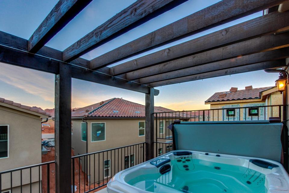 Oasis: Paradise Village #26b - Santa Clara Vacation Rental - Photo 24