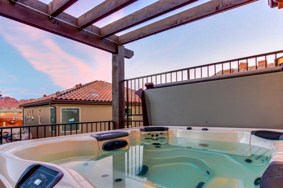 Oasis: Paradise Village #26b - Santa Clara Vacation Rental - Photo 25