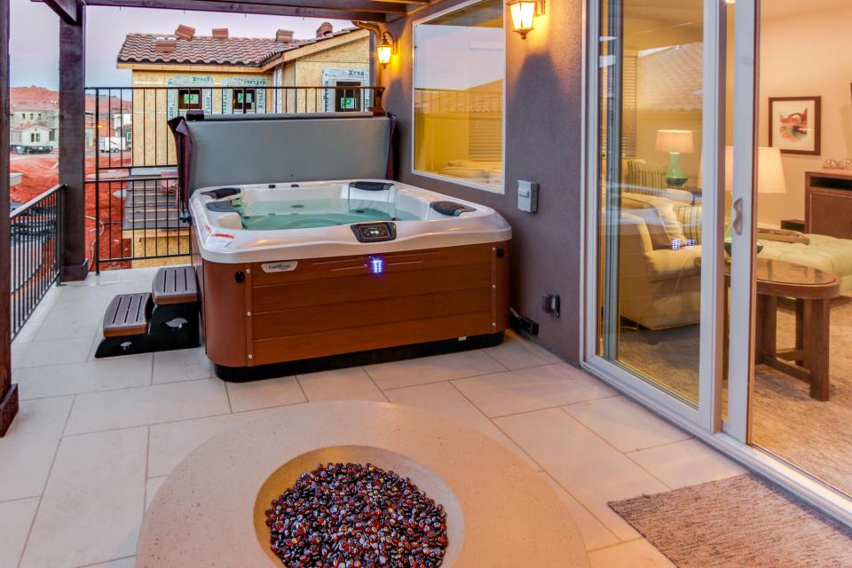 Oasis: Paradise Village #26b - Santa Clara Vacation Rental - Photo 23