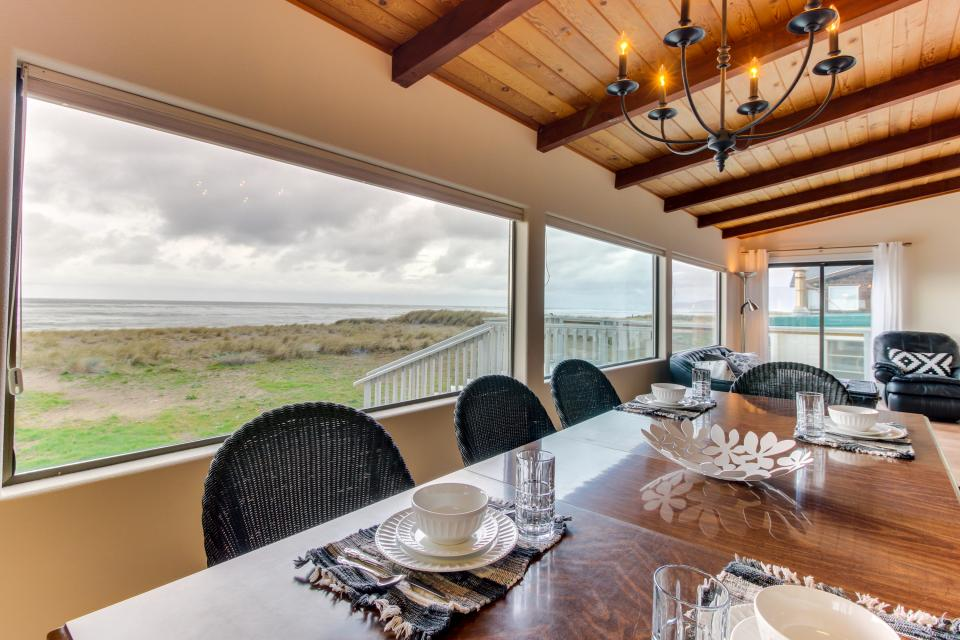 Oceans Eleven - Rockaway Beach Vacation Rental - Photo 8