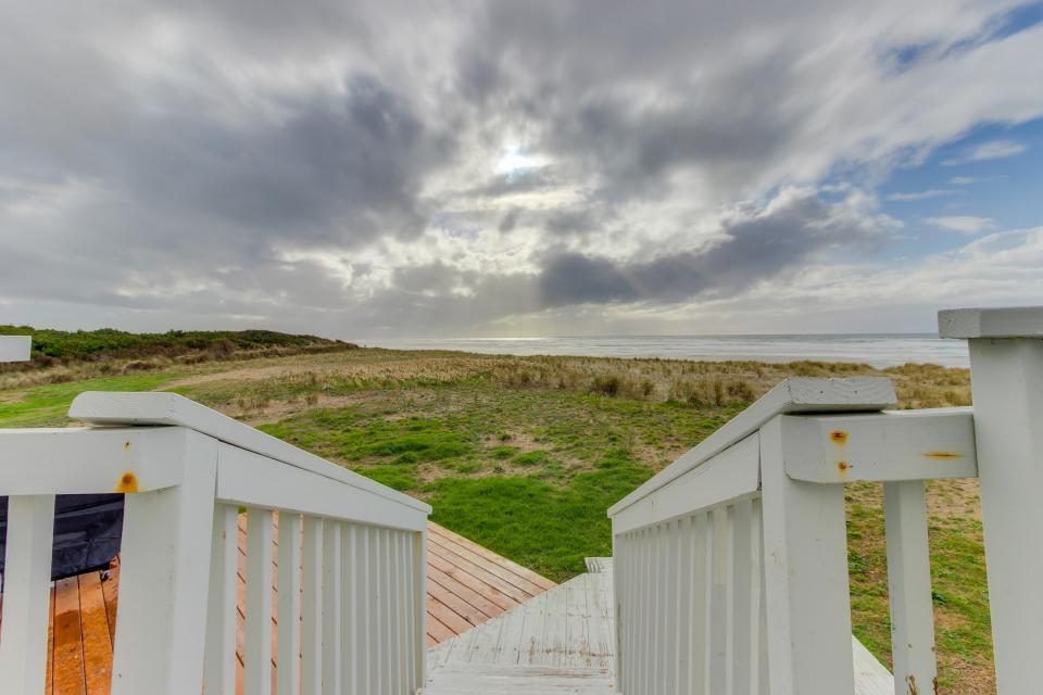 Oceans Eleven - Rockaway Beach Vacation Rental - Photo 24