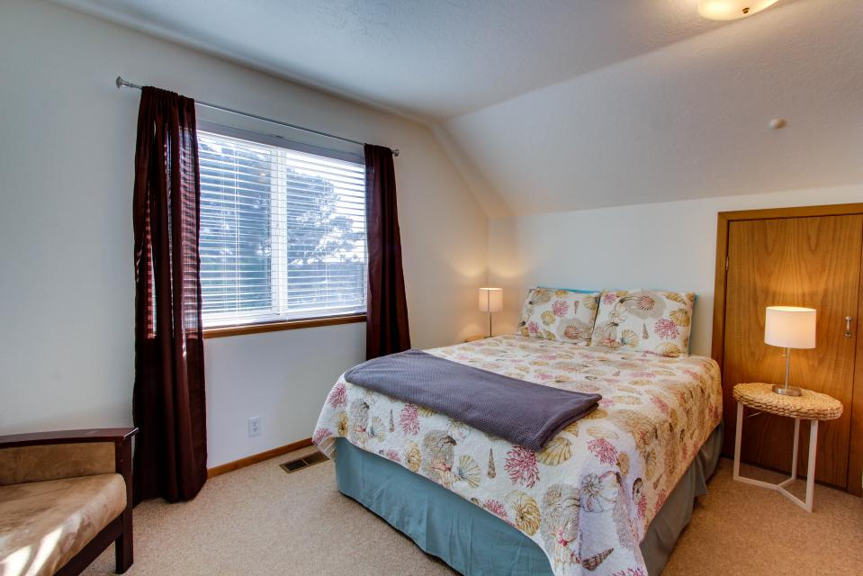 The Black Pearl - Lincoln City Vacation Rental - Photo 15