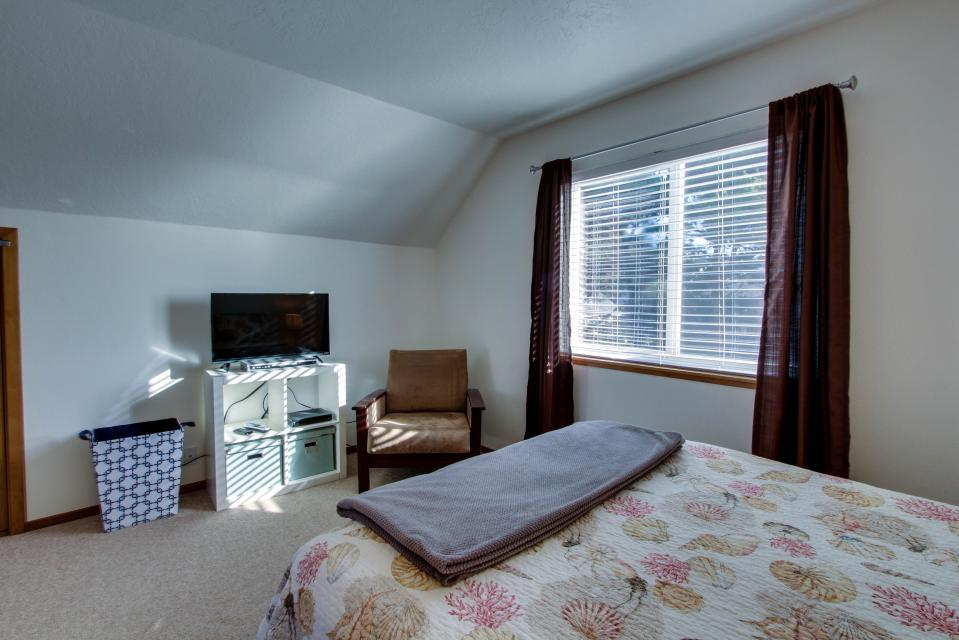 The Black Pearl - Lincoln City Vacation Rental - Photo 16