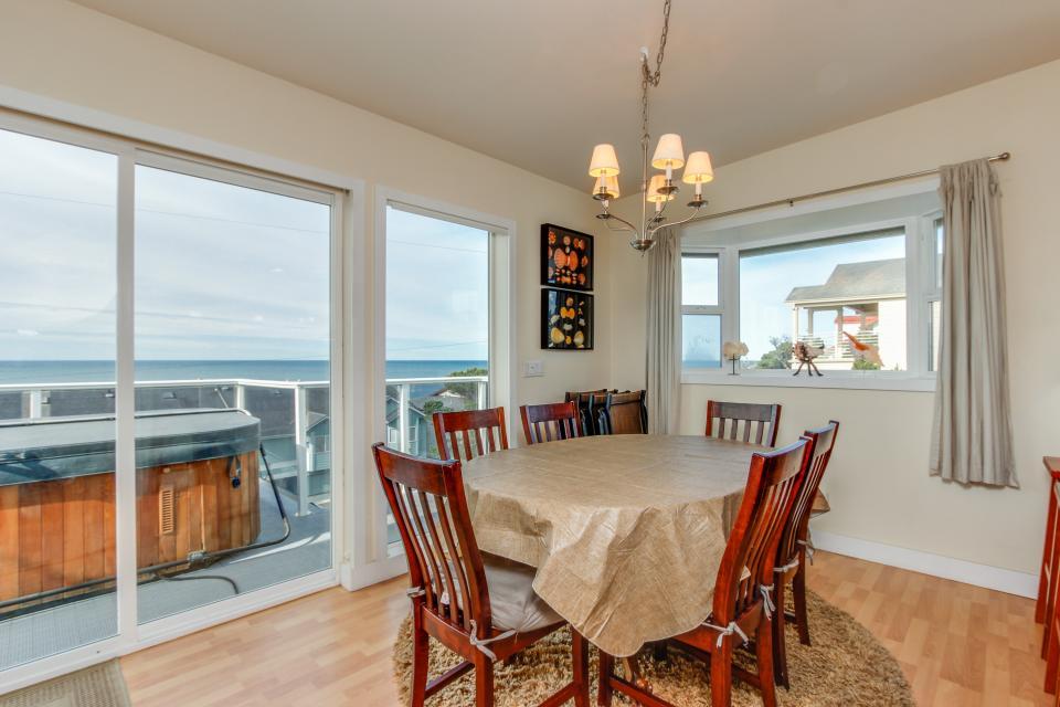Harbor SeaShell - Lincoln City Vacation Rental - Photo 11
