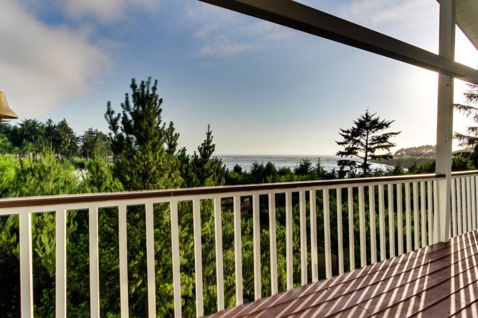 Hidden Luxury Beachfront Estate - Yachats Vacation Rental - Photo 45