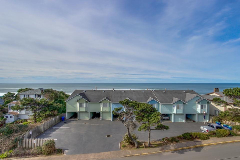 Harbor SeaShell - Lincoln City Vacation Rental - Photo 2