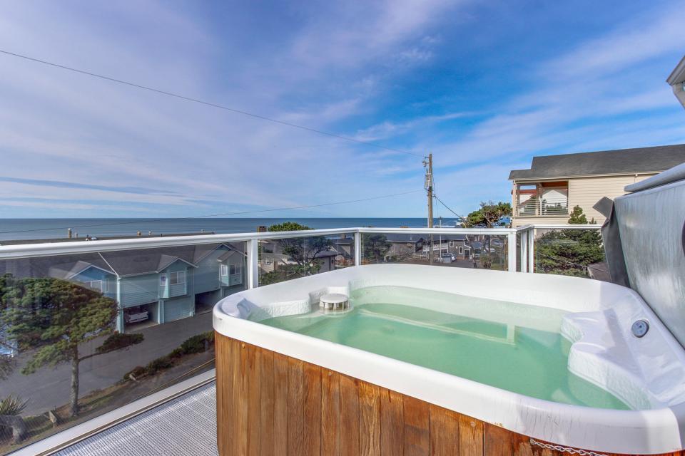 Harbor SeaShell - Lincoln City Vacation Rental - Photo 1