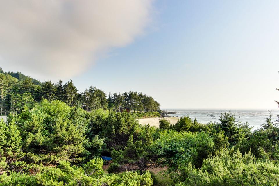 Hidden Luxury Beachfront Estate - Yachats Vacation Rental - Photo 52