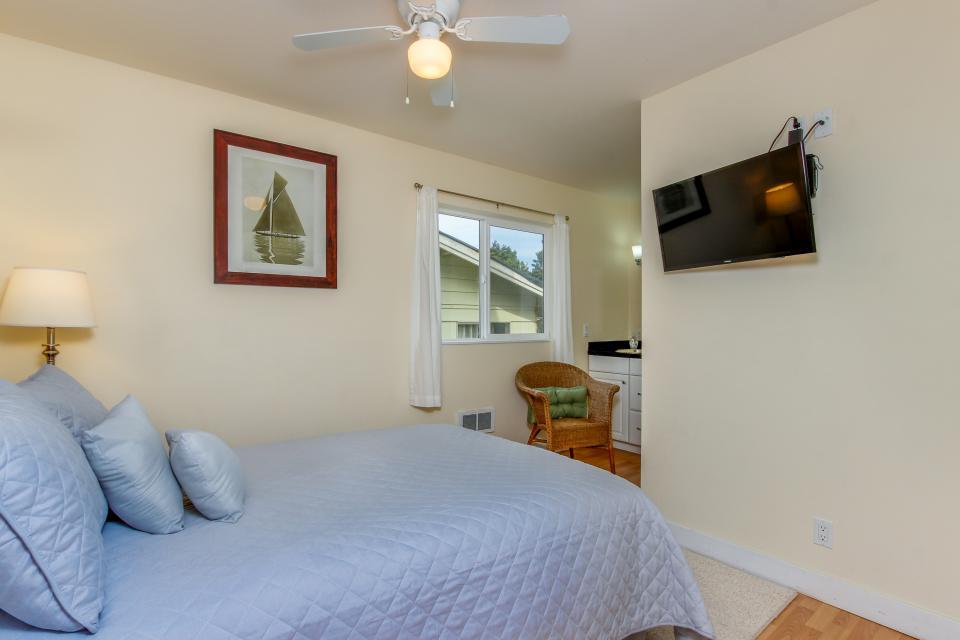 Harbor SeaShell - Lincoln City Vacation Rental - Photo 22