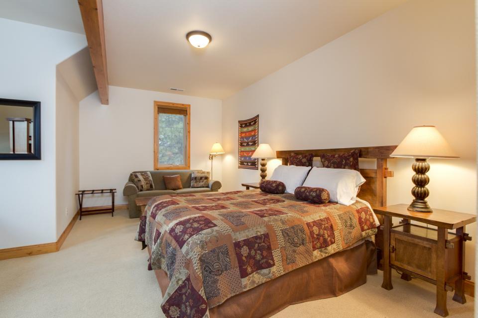 5 Aquila Lodge  - Sunriver Vacation Rental - Photo 16