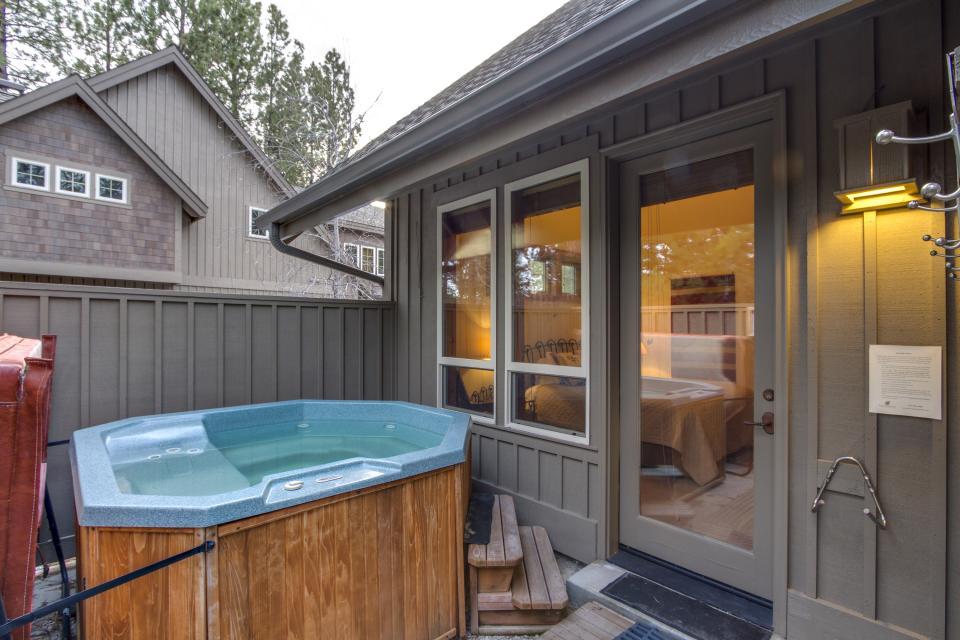 5 Aquila Lodge  - Sunriver Vacation Rental - Photo 5