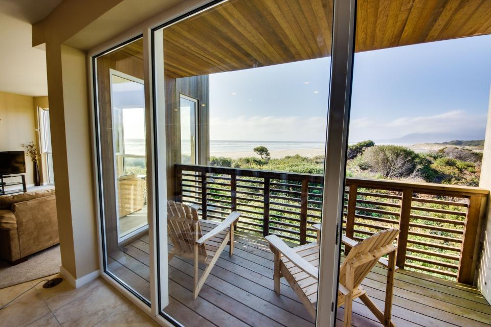 The Brookhaven #104 - Rockaway Beach Vacation Rental - Photo 13