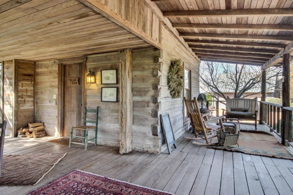 Tanglewood Farms Bear Cabin 1 Bd Vacation Rental In