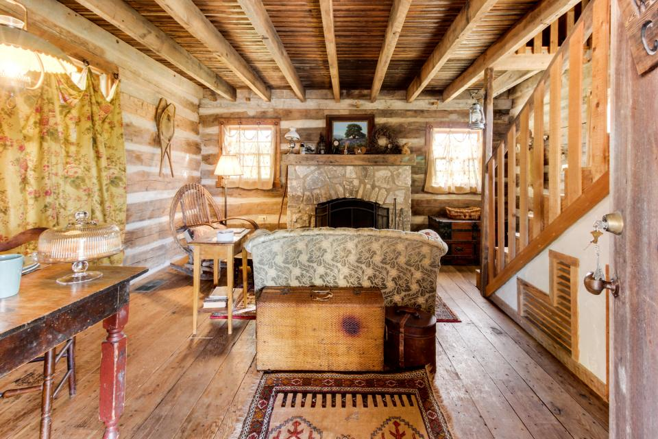 Tanglewood Farms Will S Cabin 1 Bd Vacation Rental In