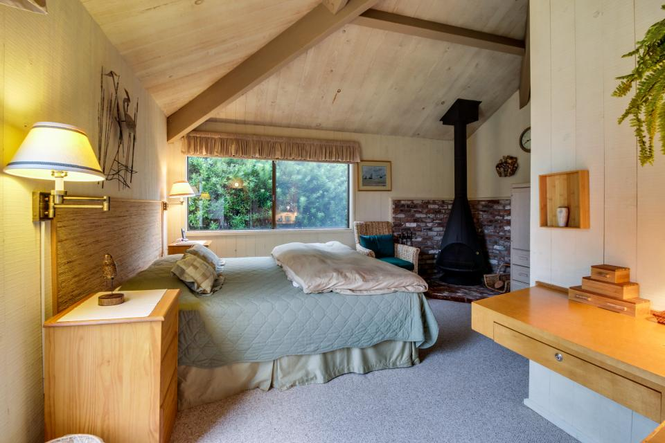Beyerlein Getaway - Sea Ranch Vacation Rental - Photo 12