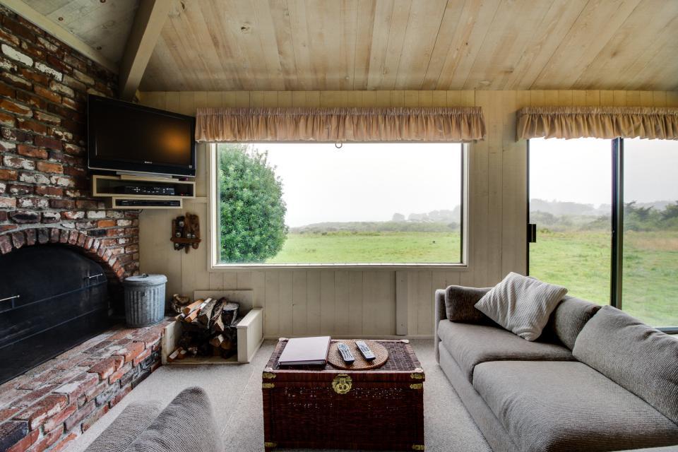 Beyerlein Getaway - Sea Ranch Vacation Rental - Photo 4