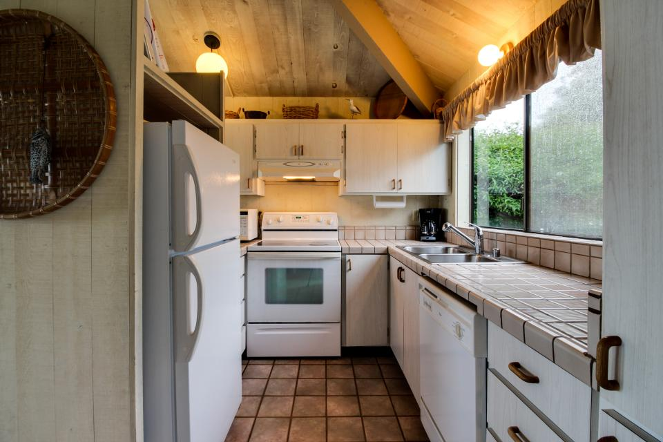 Beyerlein Getaway - Sea Ranch Vacation Rental - Photo 8