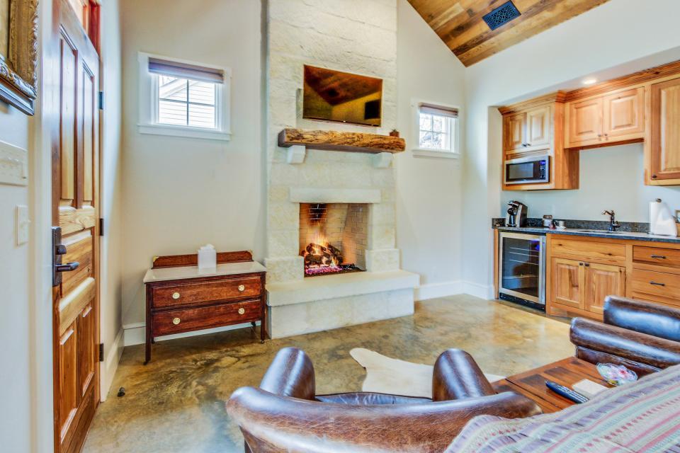 The Blacksmith Quarters on Barons Creek: The Louise - Fredericksburg Vacation Rental - Photo 10