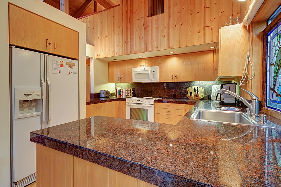 Longwell House  - Sea Ranch Vacation Rental - Photo 13