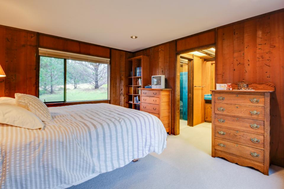 Meyer Getaway - Sea Ranch Vacation Rental - Photo 23