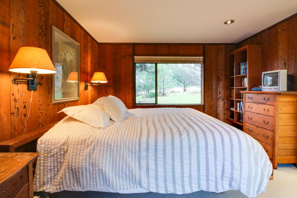 Meyer Getaway - Sea Ranch Vacation Rental - Photo 20