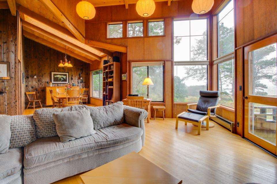 Meyer Getaway - Sea Ranch Vacation Rental - Photo 4
