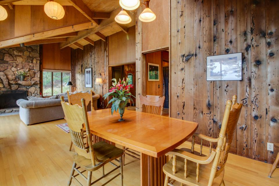 Meyer Getaway - Sea Ranch Vacation Rental - Photo 9