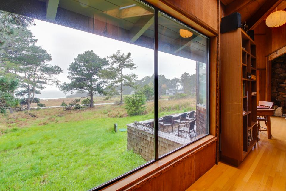 Meyer Getaway - Sea Ranch Vacation Rental - Photo 10