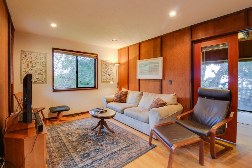 Meyer Getaway - Sea Ranch Vacation Rental - Photo 11