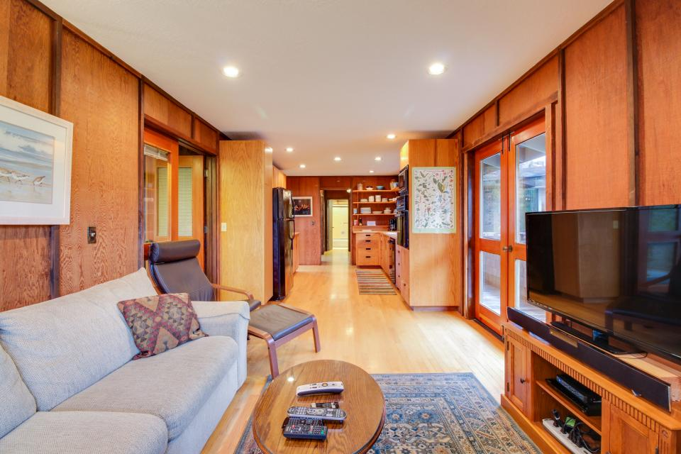 Meyer Getaway - Sea Ranch Vacation Rental - Photo 13