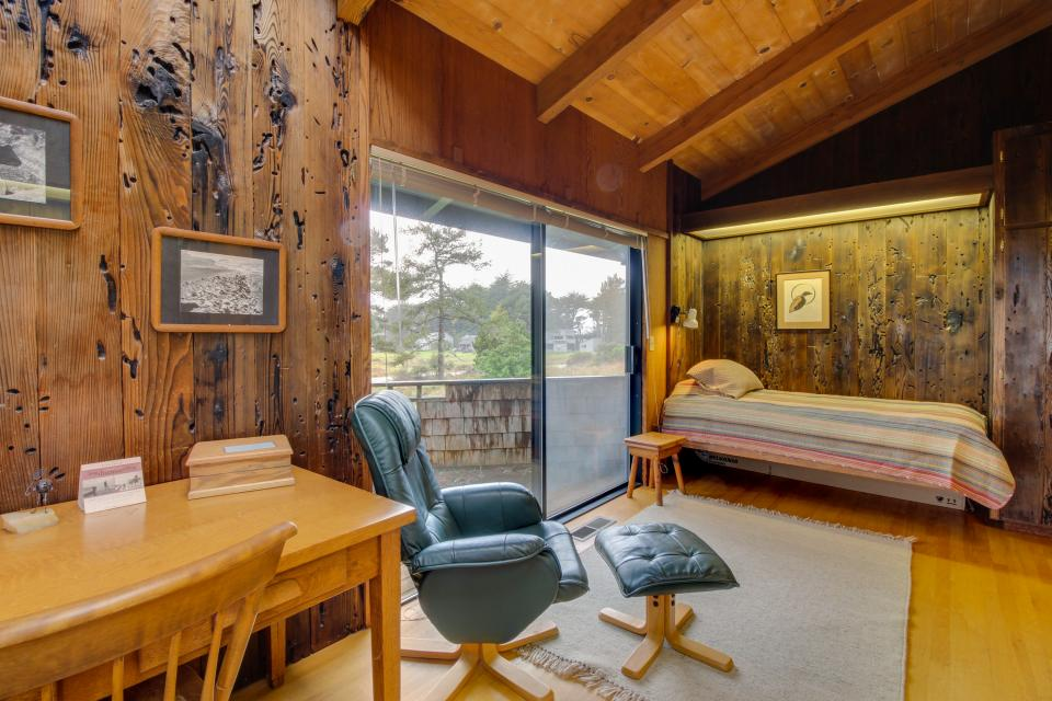 Meyer Getaway - Sea Ranch Vacation Rental - Photo 18