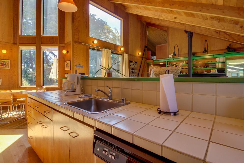 Sea Garden - Sea Ranch Vacation Rental - Photo 16