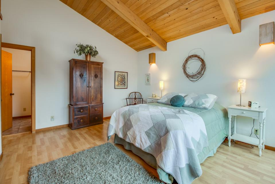 Double R - Sea Ranch Vacation Rental - Photo 16