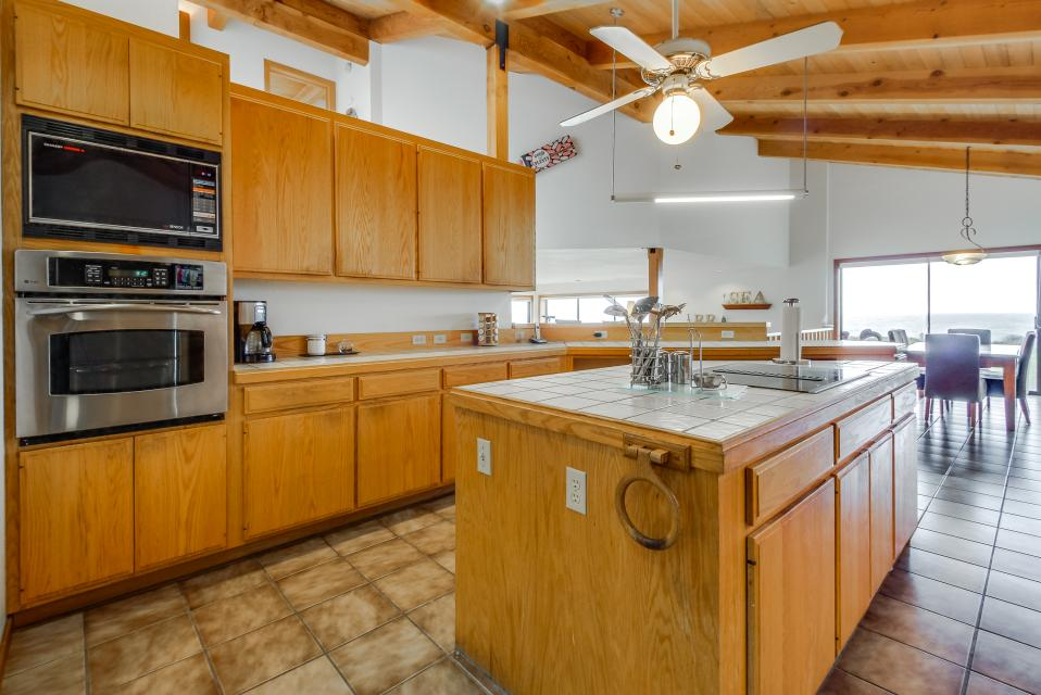 Double R - Sea Ranch Vacation Rental - Photo 9