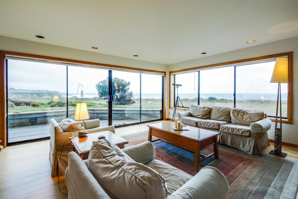 Double R - Sea Ranch Vacation Rental - Photo 2