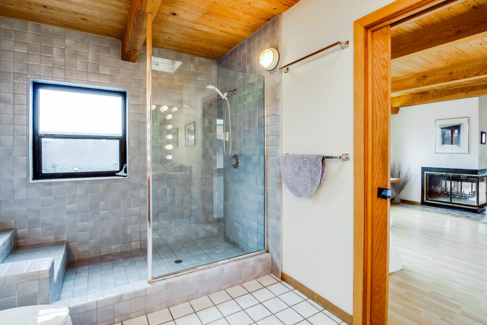 Double R - Sea Ranch Vacation Rental - Photo 23
