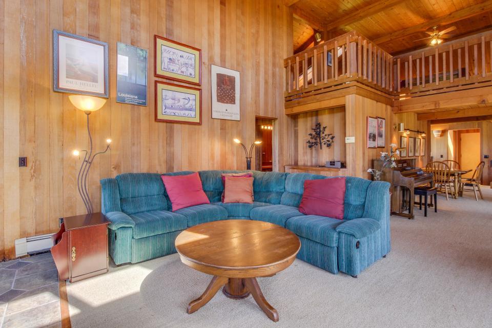 Norman House - Sea Ranch - Take a Virtual Tour