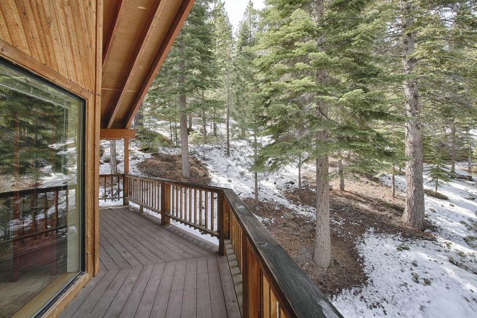 Conifer Tee & Ski - Truckee Vacation Rental - Photo 3
