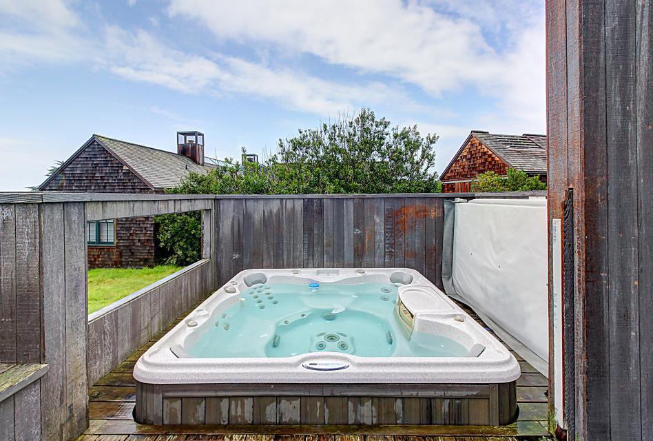 Aloha House - Sea Ranch Vacation Rental - Photo 2