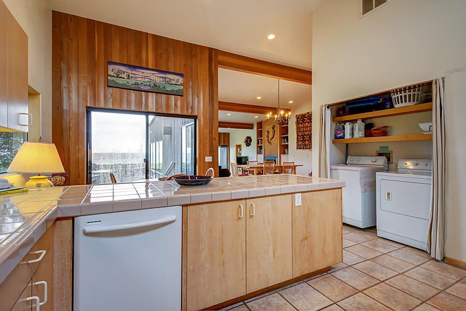 Aloha House - Sea Ranch Vacation Rental - Photo 18