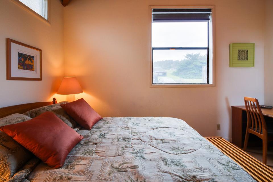 Whitewater Retreat - Sea Ranch Vacation Rental - Photo 18