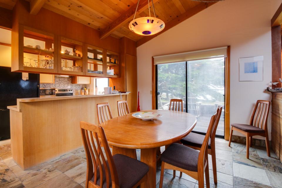 Whitewater Retreat - Sea Ranch Vacation Rental - Photo 7